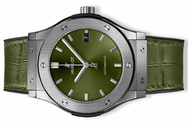 The well-designed copy Hublot Classic Fusion 511.NX.8970.LR watches have green straps.