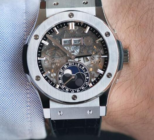 Hublot is always with innovative appearance and high performance.