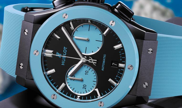 The charming watch is created to pay tribute to the Capri island.